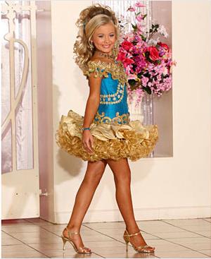 blond contestant
